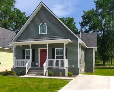Gladewater Single Family Home For Sale: 204 W Eleanor
