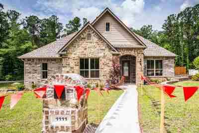 Longview Single Family Home Active, Option Period: 1111 Victoria Dr