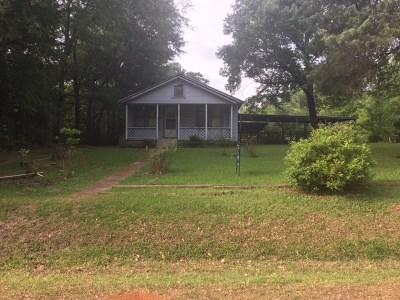 Longview TX Single Family Home For Sale: $40,000