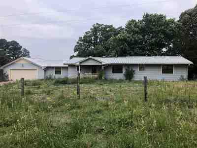 Gilmer Single Family Home For Sale: 8009 Fm 1649 N