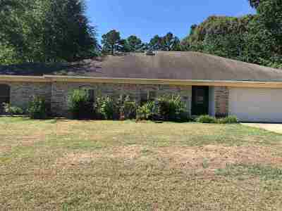 White Oak Single Family Home For Sale: 306 Bermuda Drive