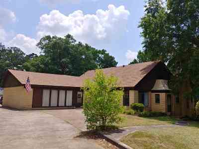 Gladewater TX Single Family Home For Sale: $176,900