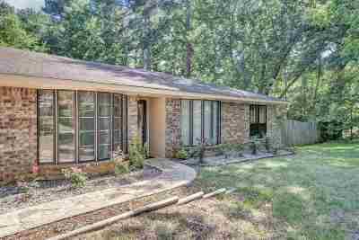White Oak Single Family Home For Sale: 310 Robinwood Dr.