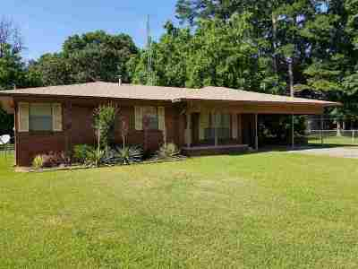 Longview TX Single Family Home For Sale: $123,000