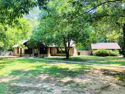 Carthage Single Family Home Active, Option Period: 220 Private Road 6451