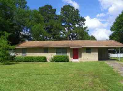 Carthage Single Family Home For Sale: 922 N Live Oak