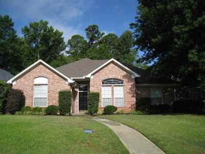 Longview Single Family Home For Sale: 3823 Fern Ridge