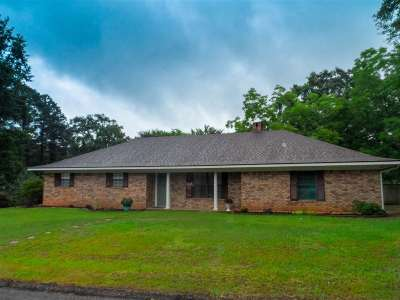 White Oak Single Family Home For Sale: 802 Robin Ln