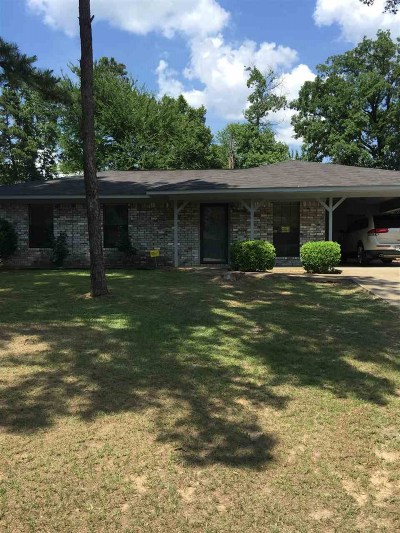 Gilmer Single Family Home For Sale: 102 Red Pheasant Dr