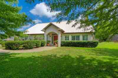 Single Family Home For Sale: 3908 Brent Rd