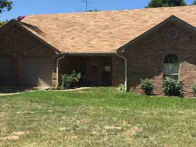 Gilmer Single Family Home Active, Cont Upon Loan Ap: 2226 Fm Road 852