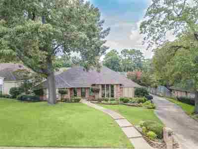 Single Family Home Active, Option Period: 1411 Lazy Lane