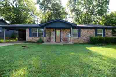 Gladewater TX Single Family Home Active, Option Period: $110,000