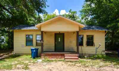 Gladewater TX Single Family Home For Sale: $39,000