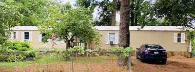 Longview TX Manufactured Home For Sale: $65,000