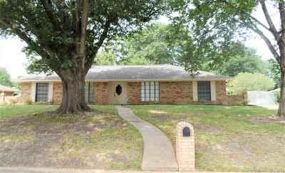 Longview TX Single Family Home For Sale: $212,000