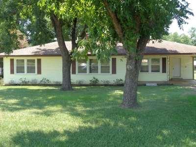 Ore City Single Family Home For Sale: 706 E Main St.
