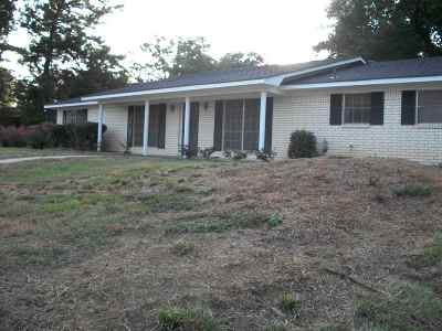 Gladewater TX Single Family Home For Sale: $139,950