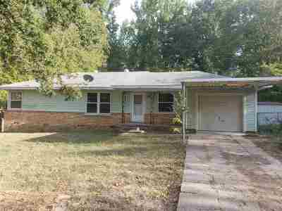 Gladewater TX Single Family Home Active, Option Period: $78,000