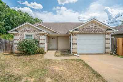 Longview TX Single Family Home For Sale: $119,900