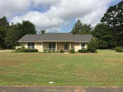 Gilmer Single Family Home For Sale: 108 Mirage St
