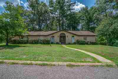 Longview TX Single Family Home For Sale: $144,900