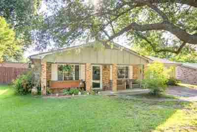 Gladewater TX Single Family Home Active, Option Period: $137,500