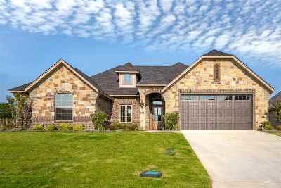 Single Family Home Active, Cont Upon Loan Ap: 3910 Gable Crest Lane
