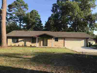 White Oak Single Family Home Active, Option Period: 311 Tuttle Rd