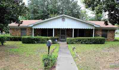 Longview Single Family Home For Sale: 801 W Garfield