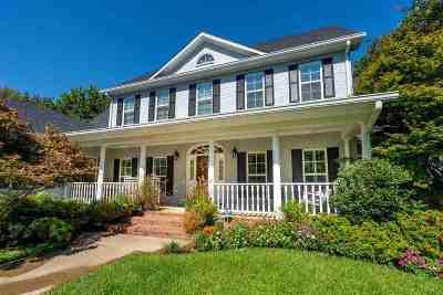 Single Family Home For Sale: 1307 Lesley Lane