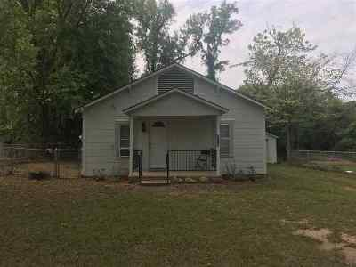 Gladewater TX Single Family Home For Sale: $59,500