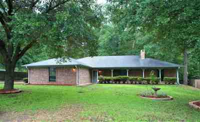 White Oak Single Family Home For Sale: 510 N Brookhollow Drive