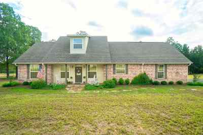 Gilmer Single Family Home Active, Option Period: 283 Pintail
