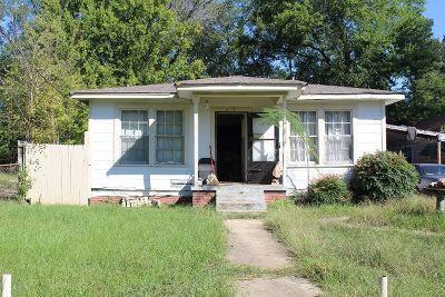 Longview TX Single Family Home For Sale: $27,500