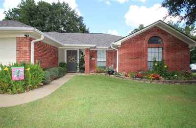 White Oak Single Family Home For Sale: 603 Woodhaven St.