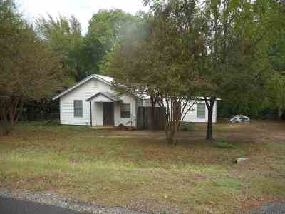 Gladewater TX Single Family Home For Sale: $42,499