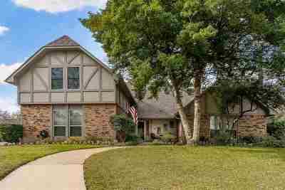 Longview Single Family Home For Sale: 909 Regency Drive