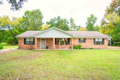 Gilmer Single Family Home Active, Option Period: 3408 Crabapple Rd