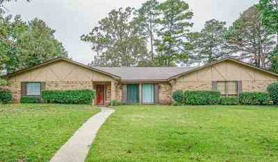 Single Family Home Active, Option Period: 3717 French Dr