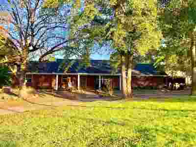 Gladewater TX Single Family Home For Sale: $209,900
