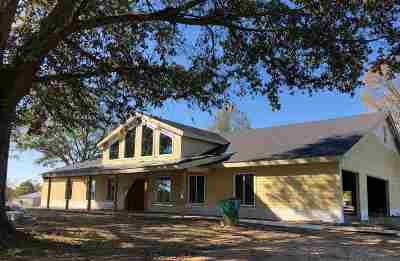 Single Family Home For Sale: 2375 Sandy Ln