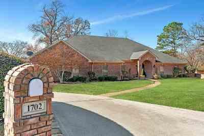 Longview Single Family Home For Sale: 1702 Oakmont Circle