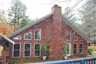 Single Family Home For Sale: 1074 N U.s. Hwy 79 N