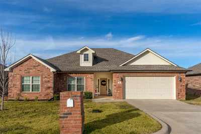 Single Family Home Active, Option Period: 111 Brookway Ln