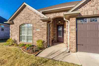 Single Family Home For Sale: 3407 Celebration Way