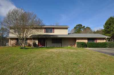 Karnack Single Family Home For Sale: 15153 Hwy 43