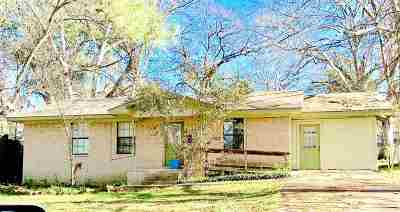 Gladewater TX Single Family Home For Sale: $62,500