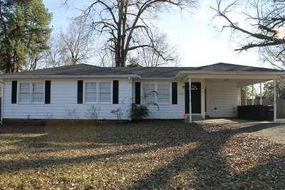 Longview TX Single Family Home Active, Option Period: $122,000