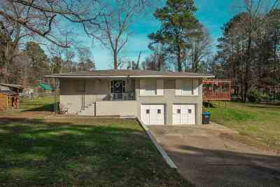 Longview TX Single Family Home For Sale: $119,000